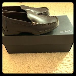 Toddler Kenneth Cole Driving Dime shoes Size 2